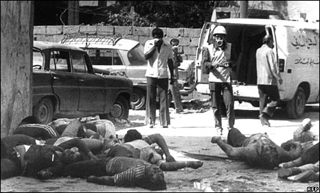 Bodies of Palestinians killed in Sabra refugee camp in September 1982