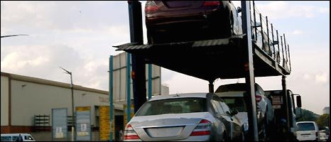 Mercedes car transporter in Harare