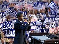 Barack Obama durante su discurso en Boston ante los delegados durante la Convención Nacional de los Demócratas