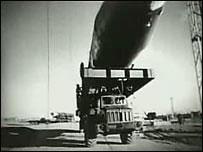 """Ракета Р-16 (кадр из документального фильма """"Космодром. Сгоревшие заживо"""")"""