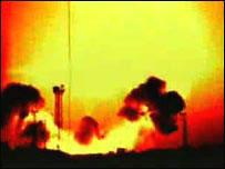 """Взрыв на Байконуре 24 октября 1960 года (кадр из документального фильма """"Космодром. Сгоревшие заживо"""")"""
