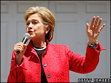 Hillary Clinton campaigning in West Virginia, 7 May 2007