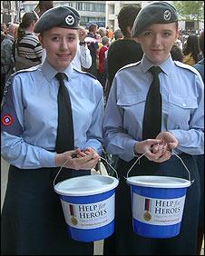 Rebecca Dessurne (left) andf Iayesha Kinsella