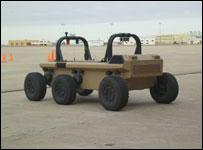 Транспортная машина MULE-T с дистанционным управлением (фото с сайта www.fcs.army.mil)