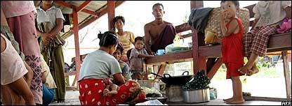 Birmanos damnificados.