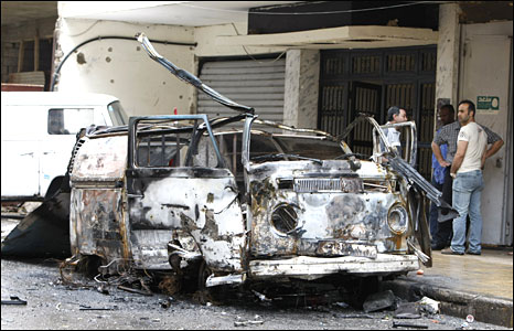A burnt vehicle in Beirut on 9 May 2008