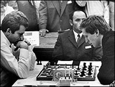 Boris Spassky (left) playing Bobby Fischer in Germany in 1970