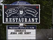Congratulations sign in Crawford, TX