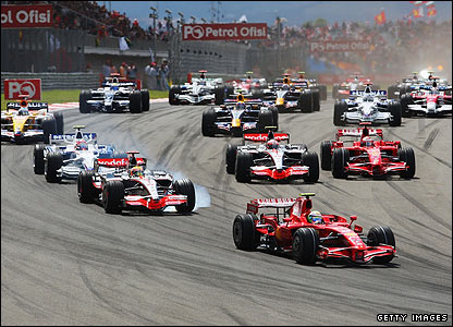 Felipe Massa leads Lewis Hamilton and the rest of the field