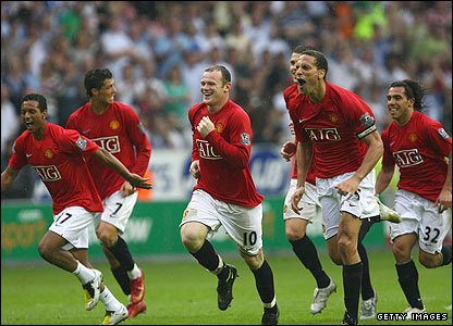 The final whistle sparks wild celebrations from United players