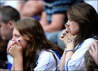 Reading fans show their dejection