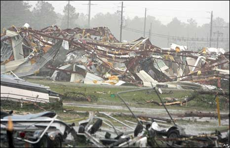 The wreckage of a boat dealership in Darien, Georgia. Photo: 11 May 2008
