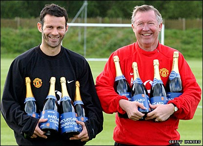 Ryan Giggs and Sir Alex Ferguson with champagne in 2003