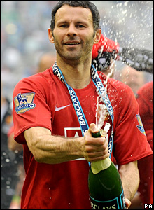Ryan Giggs sprays the champagne as he celebrates his 10th league success