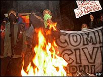Protesta en La Paz de simpatizantes del presidente Evo Morales