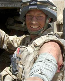 Lt David Robertson