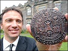 Ian Thorpe with his medal