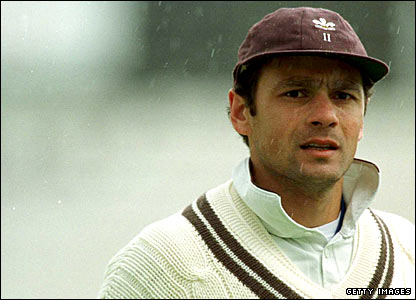 Mark Ramprakash fielding for Surrey