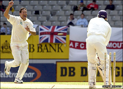 Mark Ramprakash is bowled by Darryl Tuffey at Eden Park
