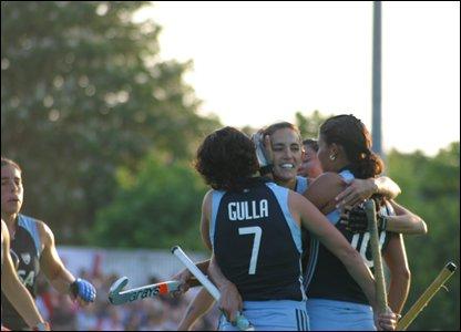 Argentina celebrate Aymar's goal