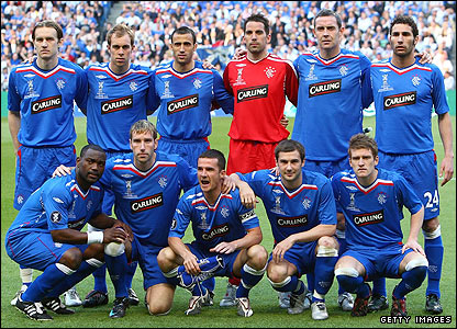 The Rangers team pose for a photo prior to kick-off