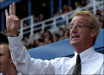 Tommy Burns as Reading manager