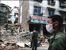 Clean-up operation in Dujiangyan on May 15, 2008