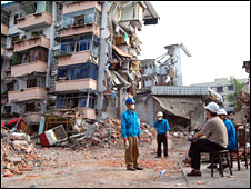 Smashed apartment blocks in Hanwang 15 May 2008