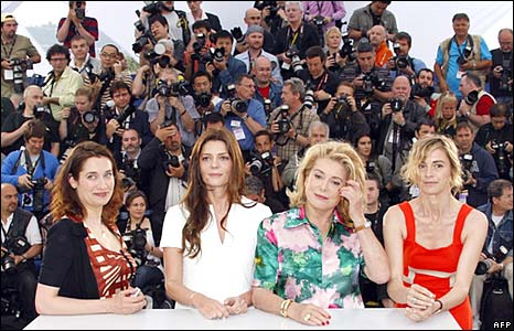"""Photocall for French director Arnaud Desplechin's film """"A Christmas Tale"""" at the 61st Cannes International Film Festival on May 16, 2008"""