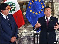 Presidente de Perú, Alan García, con presidente de Comisión Europea, Manuel Barroso