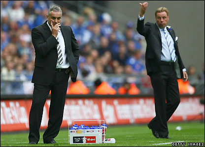 Rival bosses Dave Jones and Harry Redknapp