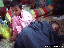 Displaced children in Burma