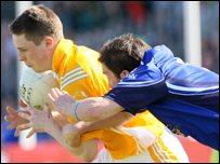 Antrim's Kevin O'Boyle (left) and Cavan's Seanie Johnston