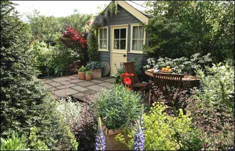 Show garden 'Real Life by Brett', designed by Geoff Whiten