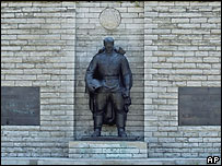 Памятник советскому солдату в Таллине