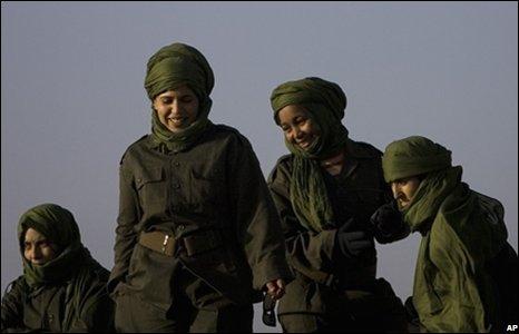 Saharan women in the village of Tifariti