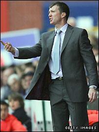 Stockport manager Jim Gannon