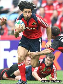 Munster wing Doug Howlett in action in their Heineken Cup semi-final win over Saracens