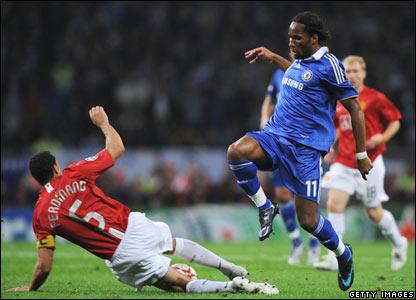 Ferdinand tackles Drogba