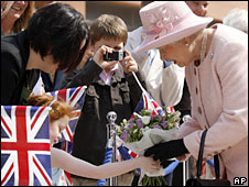 The Queen meets well-wishers at Liverpool One