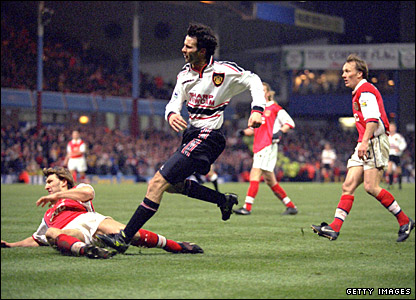 Ryan Giggs scores his wonder goal against Arsenal