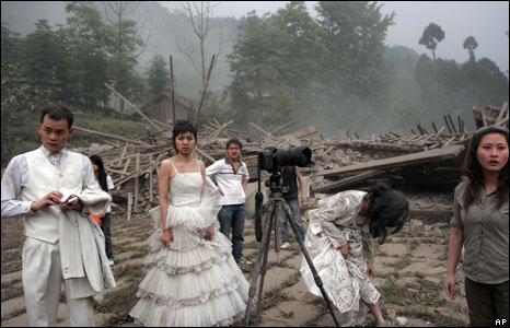 Wedding couples in Pengzhou