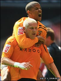 Dean Windass celebrates putting Hull ahead against Bristol City