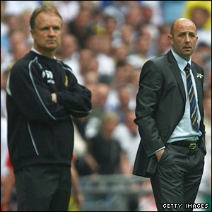 Leeds manager Gary McAllister and Doncaster Rovers boss Sean O'Driscoll