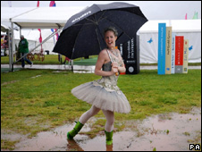 Ballerina in the rain at Hay festival