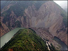 Landslide mud that formed the Tangjiashan quake lake near Beichuan County in  Sichuan  province (Image Xinhua)