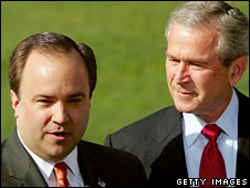 Scott McClellan announces his resignation, flanked by George W Bush, April 2006