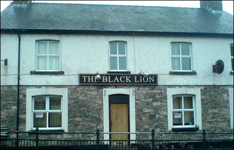 The Black Lion in North Street