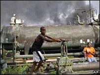 Trabajadores de la industria petrolífera en Nigeria