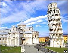 The leaning tower on Piazza dei Miracoli in Pisa. File photo